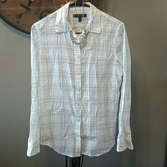 4227df10c2 Banana Republic Tops -   PRICE DROP!   Banana Republic Dillon Fit Shirt